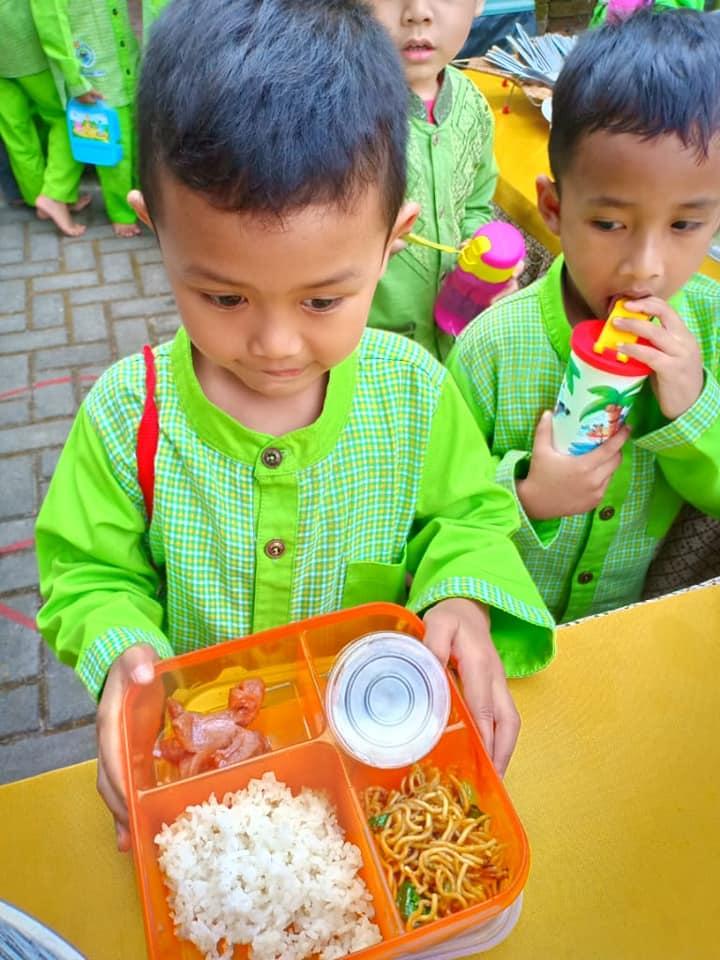 Makan Bersama 6